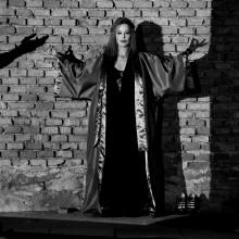 Hedda Gabler von Henrik Ibsen; Rolle (role) : Hedda Gabler